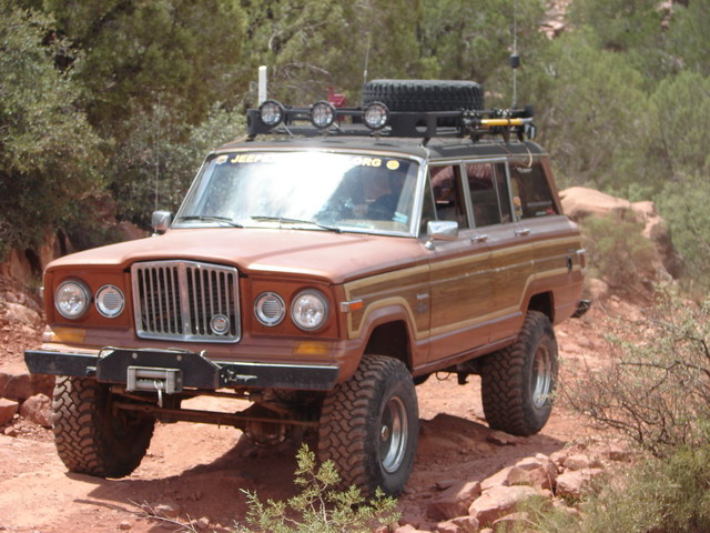 Toyota Land Cruiser Fj40 likewise 2017 Jeep Grand Cherokee Srt Review 41463 besides Crazy Cool Jeep Cherokee Chief Concept together with This Xj Jeep Cherokee Has The Worlds Coolest Trailer further Fsj. on chopped cherokee